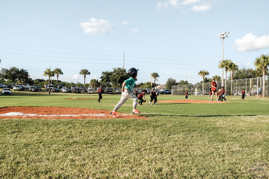running tball bases sports